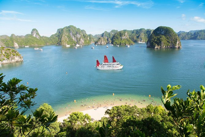 Luxury Bai Tu Long Bay 3 Days 2 Nights On Cristina Diamond Cruise 4**** photo 4