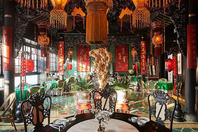Private Morning Tour: Experience Early 20's Shanghai Lifestyle