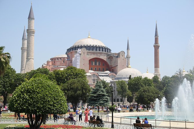 Istanbul Highlights Small Group Tour: Admission Fees and Lunch are included!