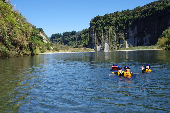 The Awesome Scenic Rafting Adventure - Full Day Rafting on the Rangitikei River photo 8