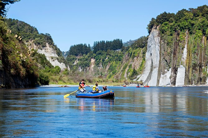 The Awesome Scenic Rafting Adventure - Full Day Rafting on the Rangitikei River photo 7