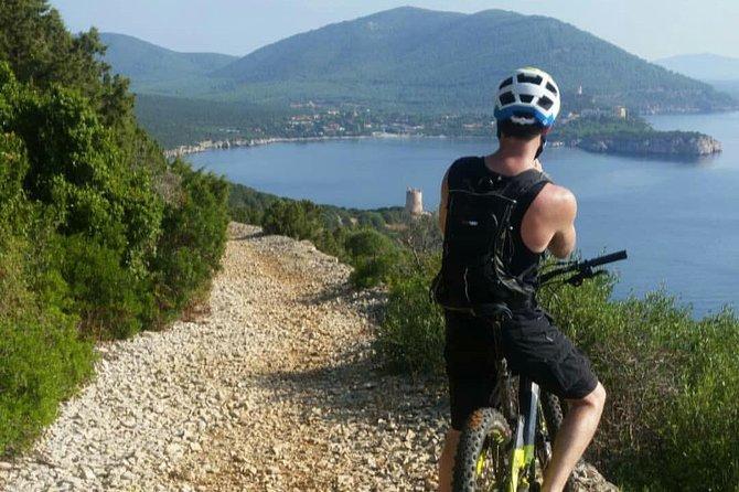 Riviera del Corallo off-road: E-bike and MTB Adventure
