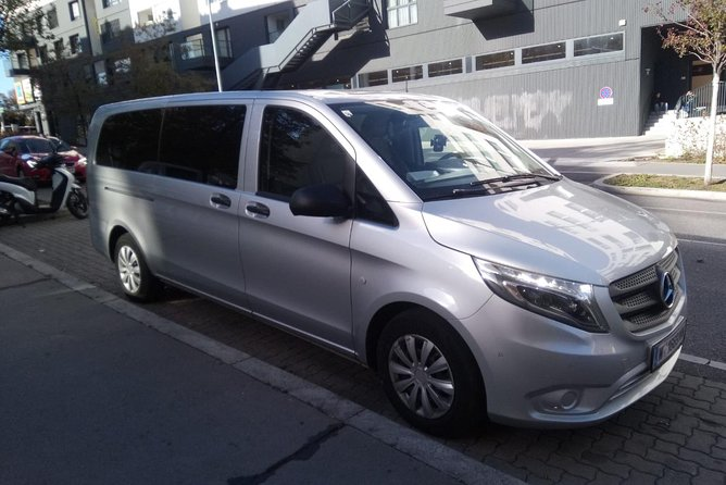 MINIVAN Transfer from Vienna to Budapest or vice versa