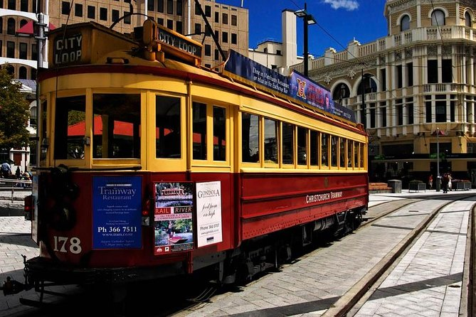 The Highlights, Christchurch, Cashmere, Lyttelton and Seaside + Tram or Gondola