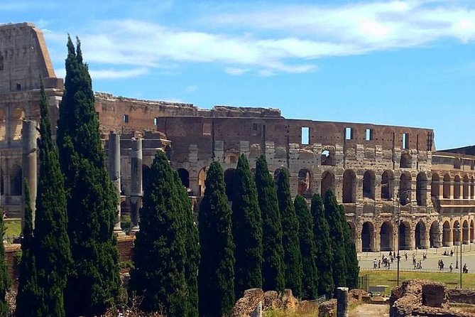 Colosseum and Roman Forum Skip-the-Line Private Tour photo 1