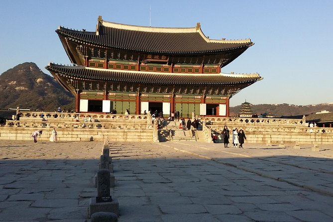 Full Day- Essential Seoul City Tour & Gourmet Tour(including Lunch and Dinner)