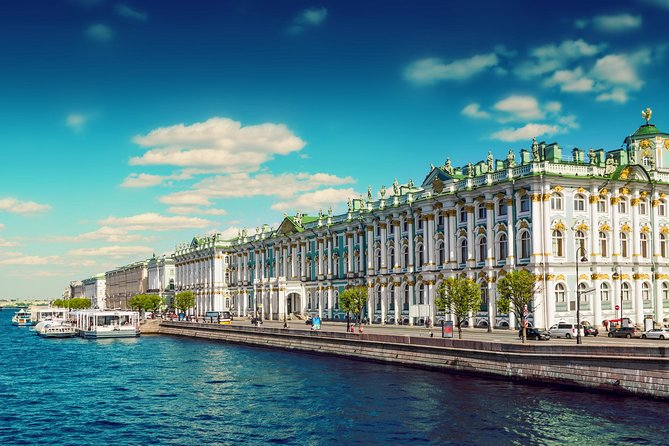 ALL INCLUSIVE: Full Day Tour of St Petersburg