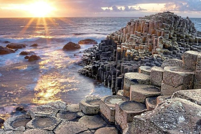 Private Tour Northern Ireland Top Sights Giants Causeway Belfast Adventure photo 25