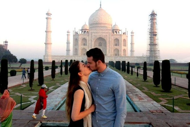 From Delhi : Private Trip To Agra with Taj Mahal and Agra Fort