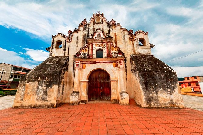 Bike tour to the colonial churches in villages arround Xela