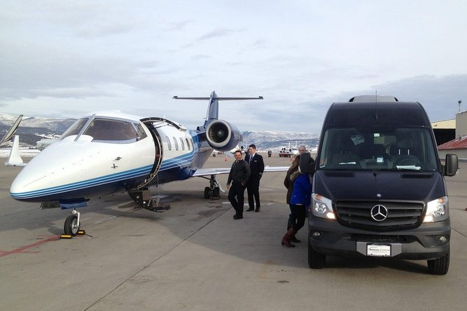 Vancouver Private Charter Tour with Experienced Local Guide