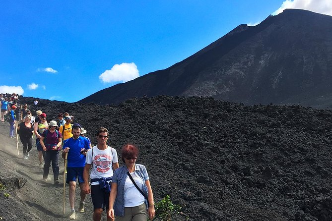 Pacaya Volcano Tour and Hot Springs with Lunch from Guatemala City