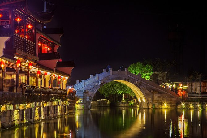 Hangzhou Private Tour to Wuzhen and Xitang Water Town with Dinner and Boat Ride photo 4