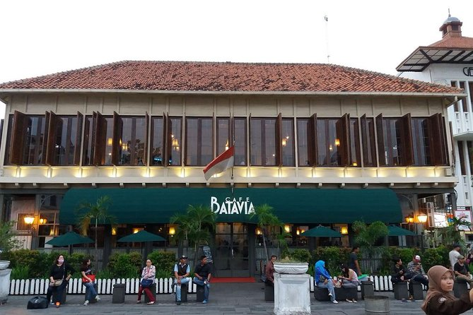 HALFDAY Sunset in Batavia Town with FREE Souvenir & dinner at Cafe Batavia