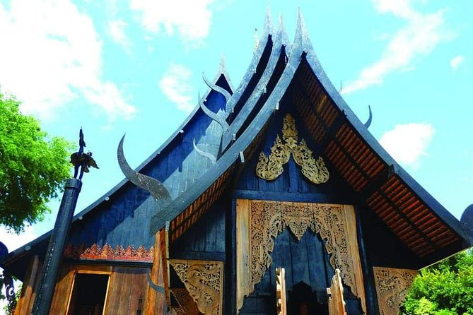 Join Tour One Day Chiang Rai , White Temple& Blue temple & Black House photo 2