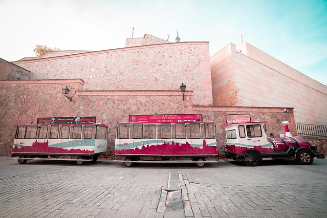 Ride in the tourist train Toledo photo 2