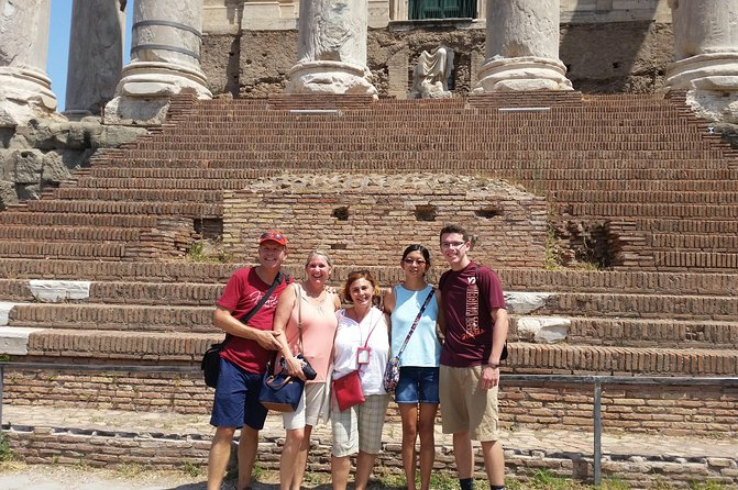 Colosseum and Roman Forum Skip-the-Line Private Tour photo 2