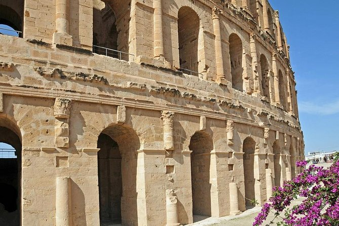 Discover El Jem Amphitheater