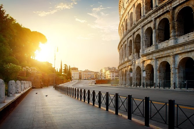 Early Morning Colosseum and Ancient Rome Small Group Tour
