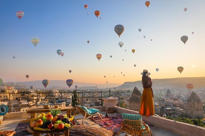2-Day Cappadocia Tour with Cave Suite Hotel from Istanbul