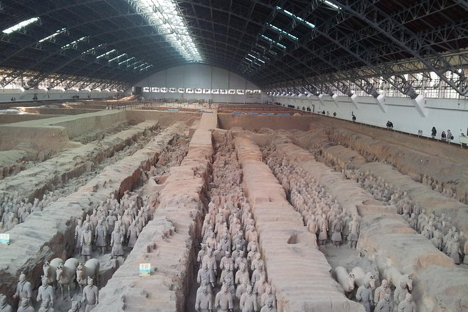 Private 2-Day Xian Tour Package including Terra Cotta Warriors and City Attractions