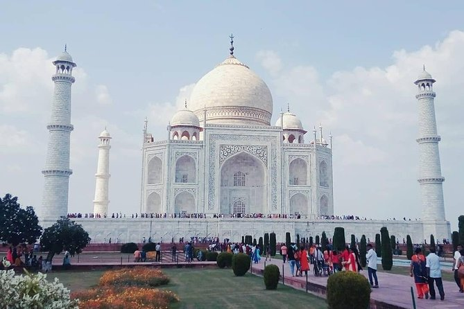 Private Taj Mahal with Jaipur Tour from Delhi
