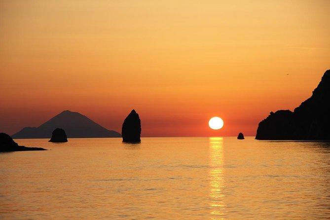 9 Day: Palermo, Marsala, Agrigento, Piazza Armerina, Aeolian islands, Taormina