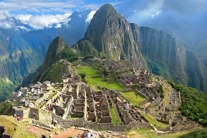 Small Group: 4-Day Inca Trail Trek to Machu Picchu