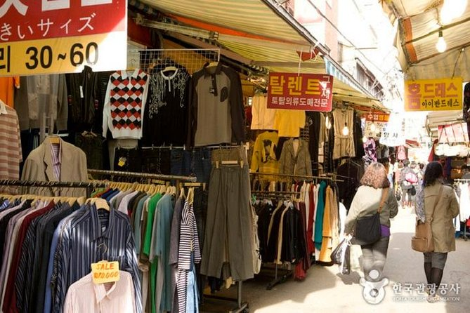 Small Group : Busan Highlight Tour with Heaedong Yonggungsa and Gamcheon Village photo 12
