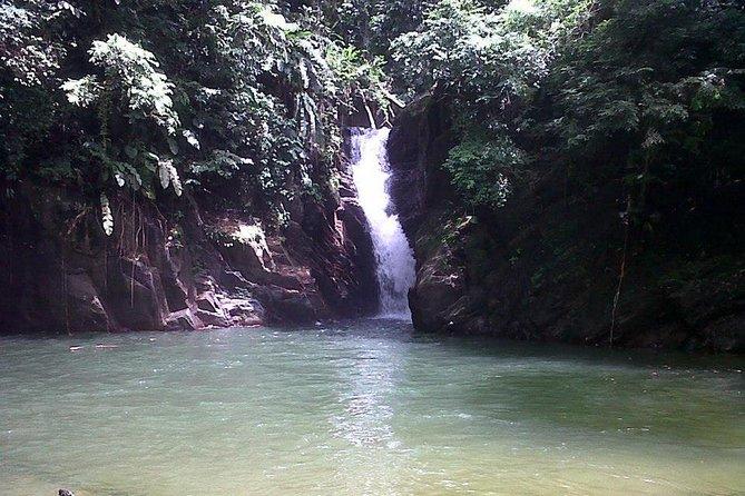Paria Falls and Beach Hike