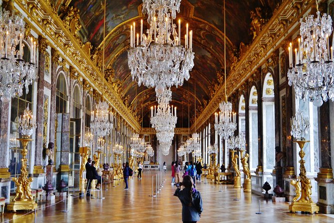 Versailles Palace Private Guided Tour: Skip the Line & Transportation from Paris