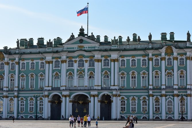 Saint-Petersburg Highlights and the Hermitage museum tour