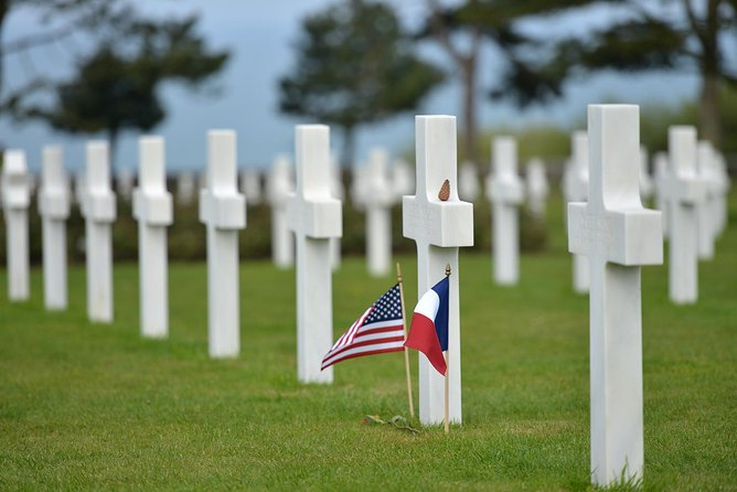 D-Day tour - Utah Beach & Omaha Beach - suitable as a day trip from Paris