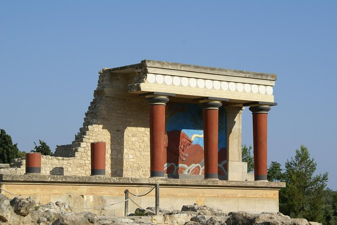 Knossos Palace and old pottery village in the mountains (Luxury Adventure)
