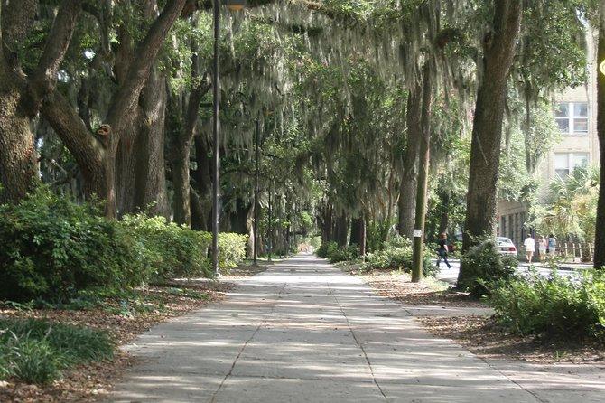 Haunted Pubs and Taverns of Savannah!