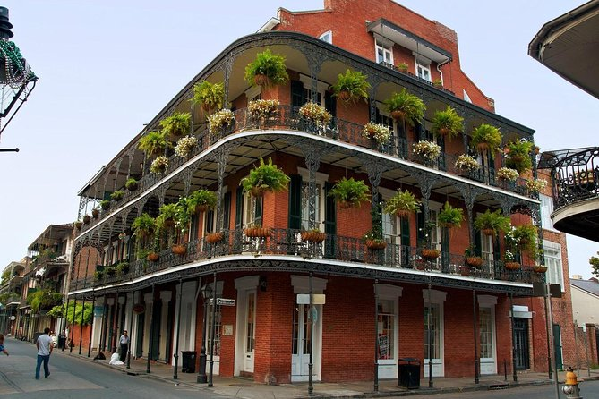 One Hour French Quarter Stroll