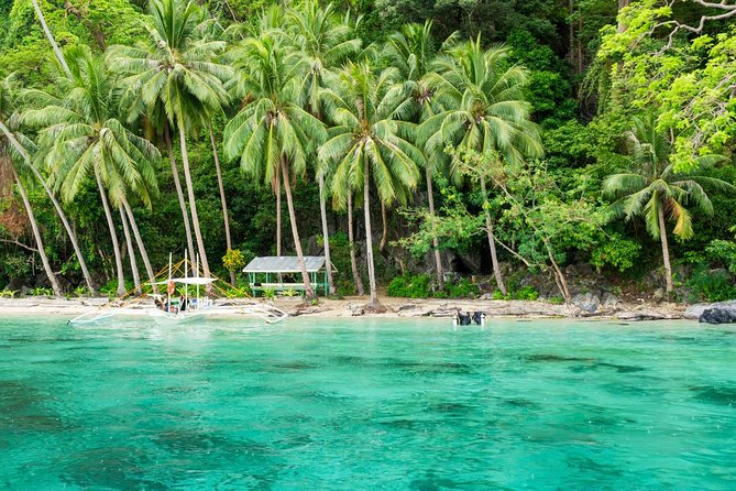 El Nido: Island Beaches Tour (Island Hopping Tour D)