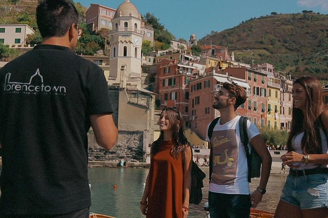 Small-Group Cinque Terre Discovery with Seafood Lunch