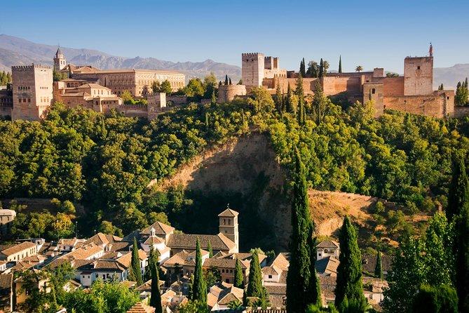 Excursão particular: Alhambra e Jardins de Generalife, os Palácios de Nasrid, evite a fila.