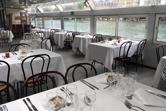Dinner cruise Seine & Canal St Martin from Bassin de la Villette : Guinguette