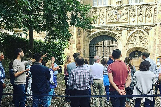 Distanced | Cambridge University College Walking Tour Led By University Alumni