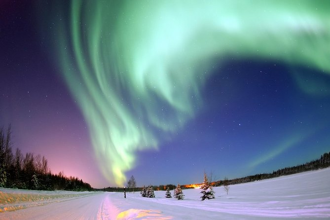 Yukon Northern Lights 4-Day Tour from Vancouver
