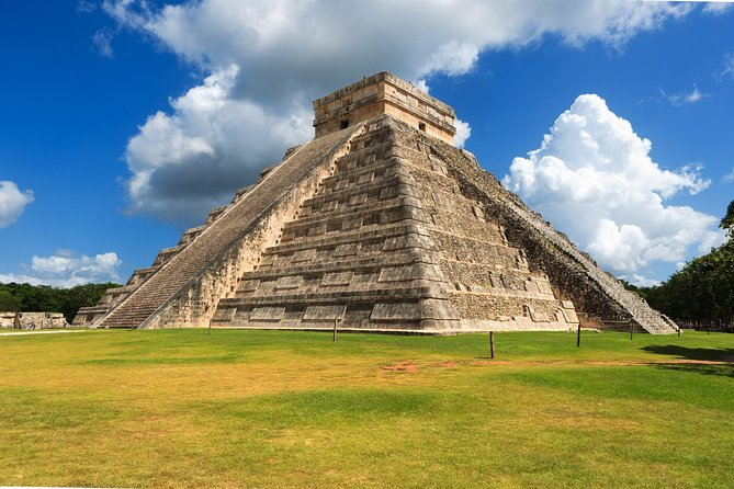 Chichen Itza Private Day Trip with Cenote Swim and Valladolid