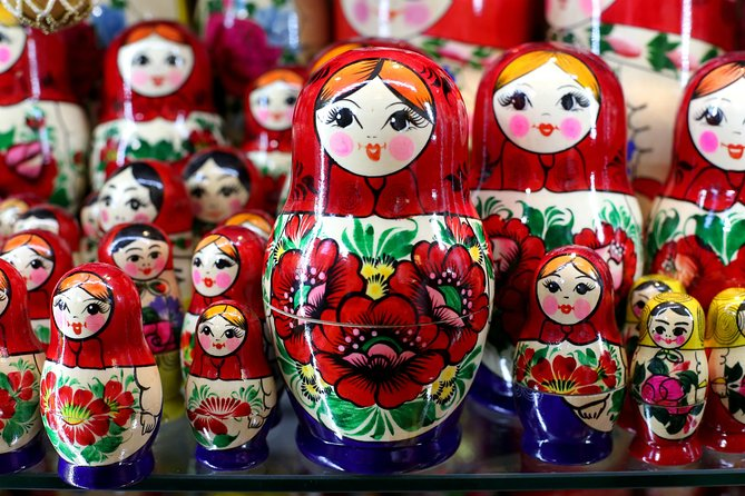 Matryoshka workshop with a private guide
