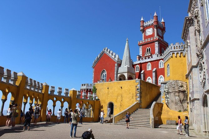 Sintra Tour with ticket to Palace Private Tour