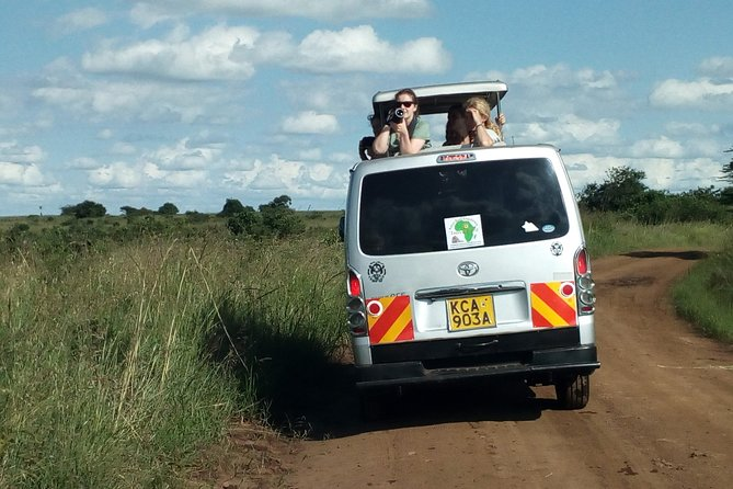 Maasai mara & Lake Nakuru National park tour photo 3