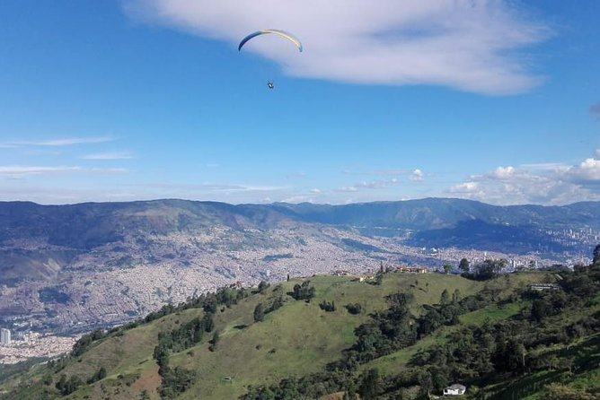 Paragliding + transportation