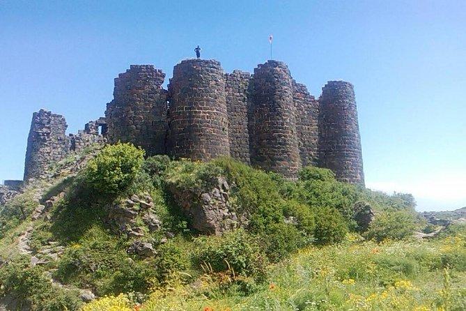 Amberd (Saghmosavank,Armenian alphbet monument)