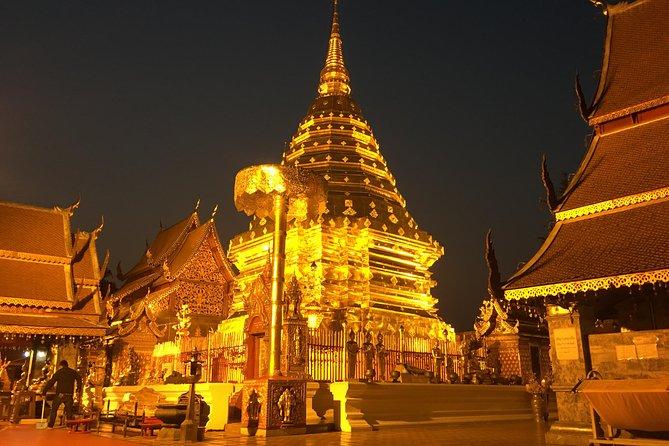 Evening Doi Suthep temple, What Palad & Participate evening monks chantings.