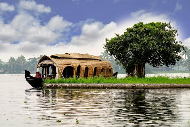 9-Night Essence of Kerala Tour